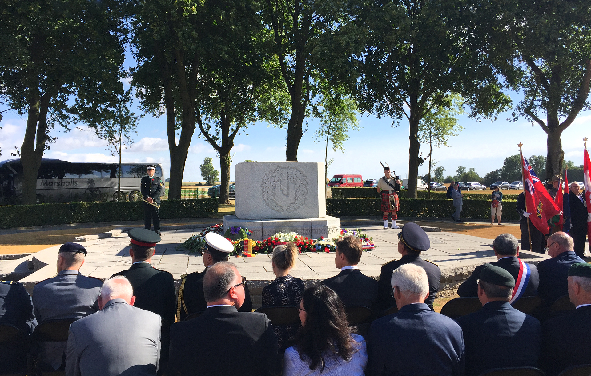 A beautiful ceremony was presented at the Canadian Memorial in Le Quesnel, France. In attendance were Seamus O'Regan, Minister of Veteran Affairs and Isabelle Hudon, Canadian Ambassador to France.